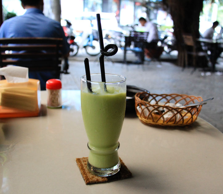 Sinh To Bo or Avocado Shake